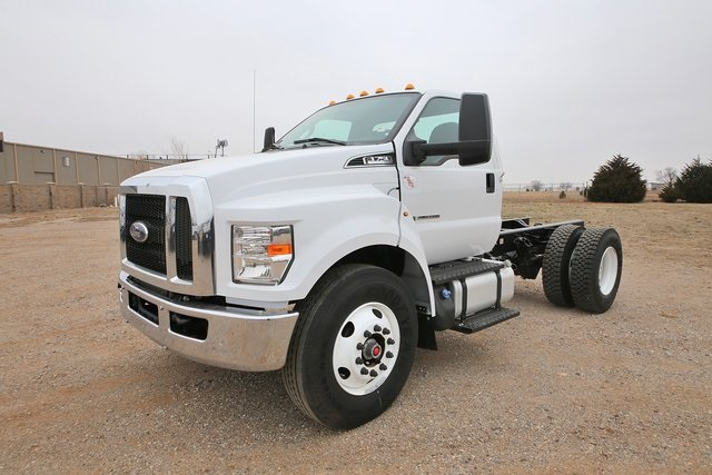 New 2019 Ford F-750SD Medium Truck
