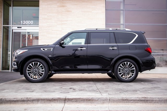 Pre-Owned 2019 INFINITI QX80 LUXE