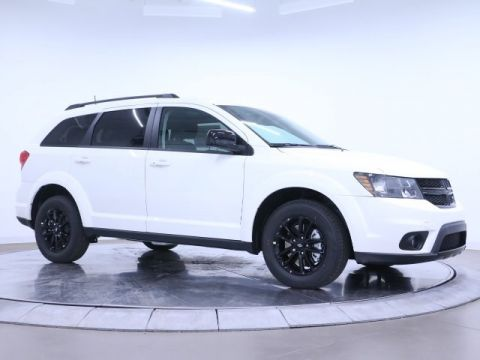 New 2019 Dodge Journey SE Blacktop